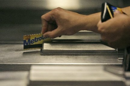 metrocard-new-york-cityjpg-0874a306a106969a_large