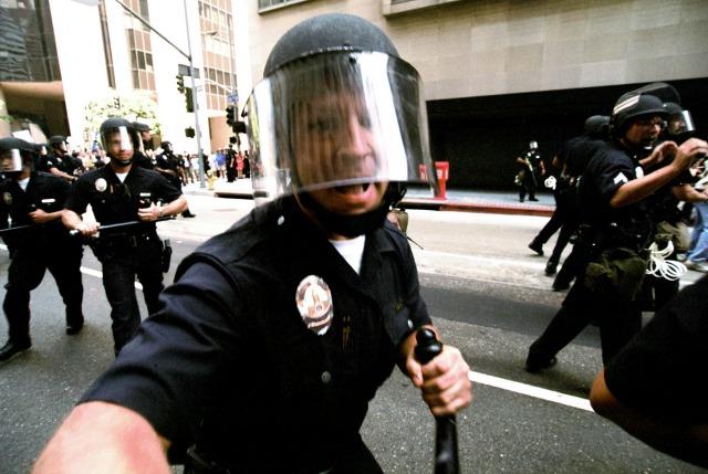 Cops_TrueColors_640x429