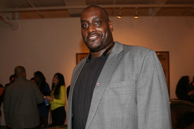 APRIL 23: Anthony Mason attends Art of the Draft: NFL Edition at Betrand Delacroix Gallery on April 23, 2013 in New York City. (Photo by Johnny Nunez/WireImage
