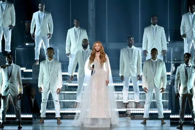 Beyonce_Grammys_640x427