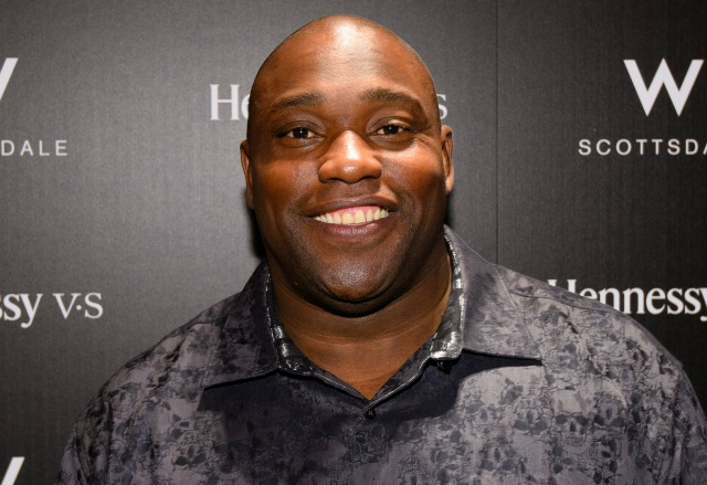 JANUARY 29: Warren Sapp visits the Hennessy Lounge At The W Scottsdale at W Scottsdale on January 29, 2015 in Scottsdale, Arizona. (Photo by Noel Vasquez/Getty Images for Hennessy)