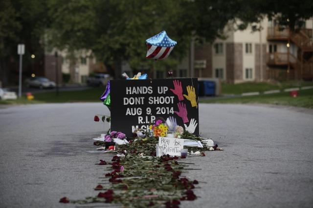 US-CRIME-RACE-POLICE-SHOOTING