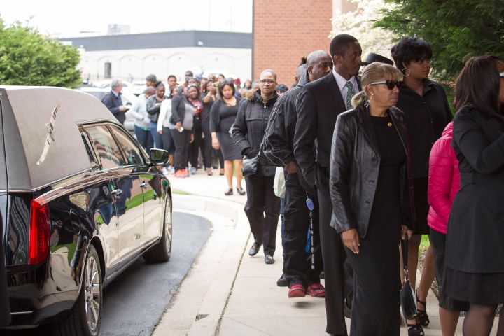 Lining up to mourn Freddie Gray