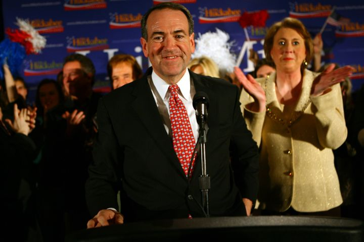 Former Arkansas Gov. Mike Huckabee with his wife, Janet, gives his acceptance speech Thursday night
