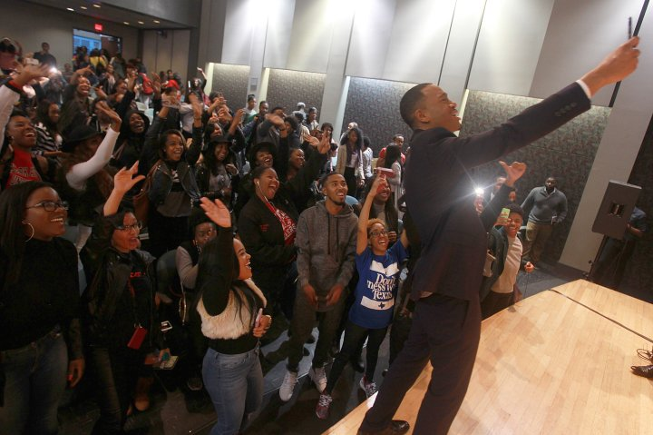 Actor, philanthropist and HBCU alumni Terrence 'J' Jenkins joins student attendees for a selfie during the Wells Fargo My Life, My Story, #MyUntold℠ Town Hall on November 10, 2015 at the Atlanta University Center Consortium.