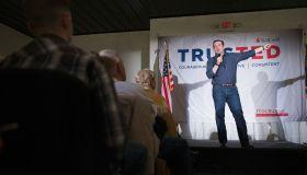 GOP Presidential Candidate Ted Cruz Campaigns In South Carolina