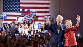 TOPSHOT-US-VOTE-DEMOCRATS-CLINTON