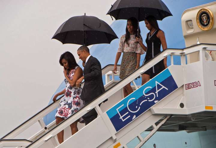 The First Family Deplanes In Cuba