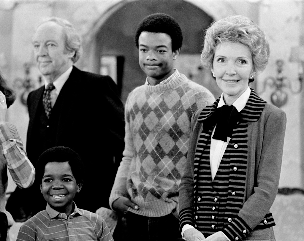 Reagan & Cast On 'Diff'rent Strokes'