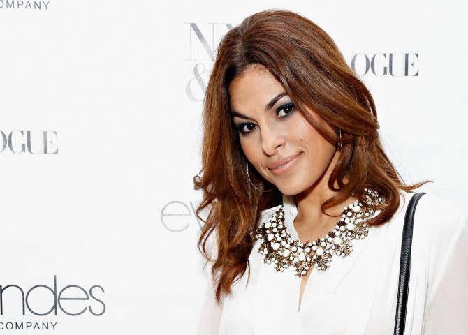 Eva Mendes Exclusively At New York & Company Launch Event - Arrivals