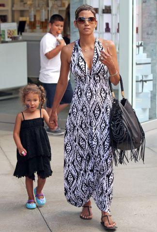 Celebrity Sightings In Los Angeles - July 26, 2011