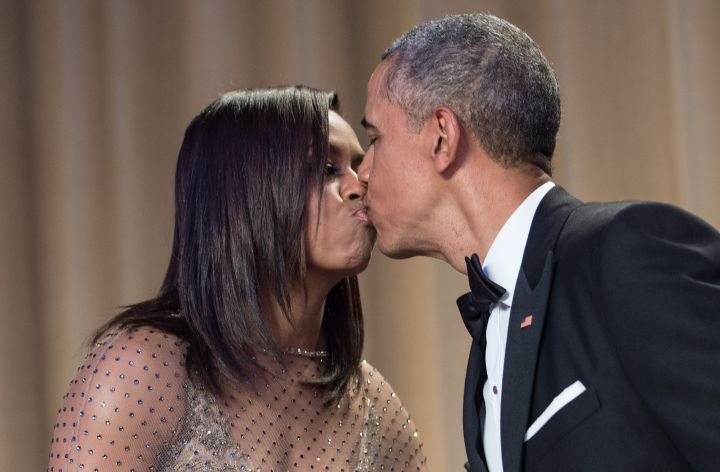 Michelle and Barack Kiss