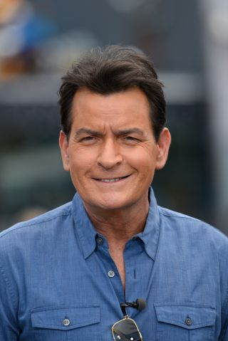 Charlie Sheen, Fifth Harmony, Ryan Paevey, Noah Galloway And Jerry Ferrara On 'Extra'