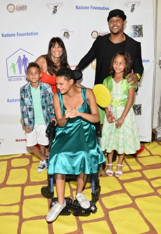 Djanai's Angels Special Needs Family Prom Supporting inCLUSION Clubhouse With The Cast Of 'Ray Donovan'
