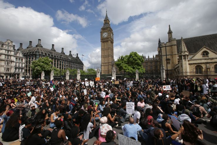 BRITAIN-US-POLICE-SHOOTING-PROTEST
