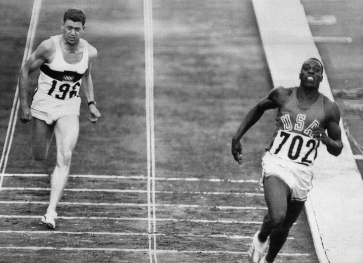 Bob Hayes Makes History In The 100m (1964)