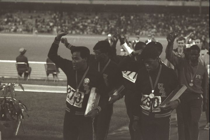 63 4x400 relay team salute Mexico