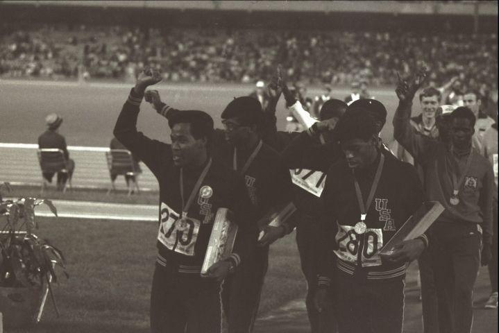 63 4x400 relay team salute Mexico