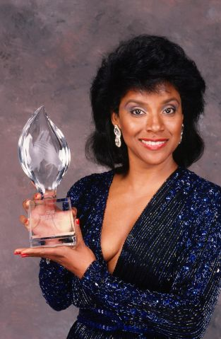 Phylicia Rashad Wins People's Choice Award