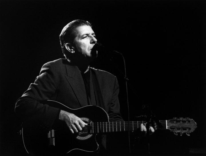 Leonard Cohen, 82