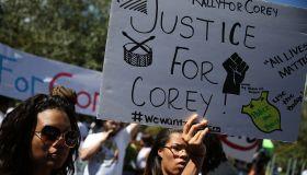 Family Of Stranded Florida Motorist Killed By Police Addresses The Media