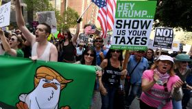 US-POLITICS-TRUMP-TAX-PROTEST