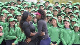 Williams sisters meet ballkids of 2017 Australian Open in Melbourne