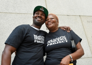After 13 years, Baltimore man free after new witnesses say he is innocent of 2004 murder