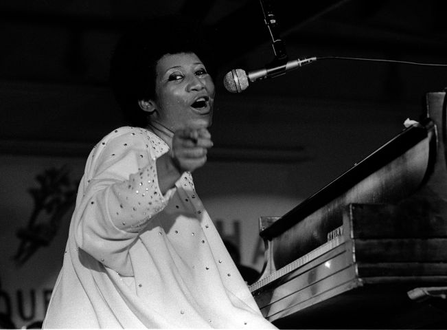 Aretha Performing At The Cook County Jail