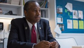 Ben Carson told sonâs involvement at HUD created appearance of conflict, report says