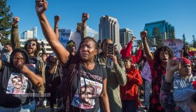 âShow me your hands.â Police video shows death of Stephon Clark in a hail of gunfire