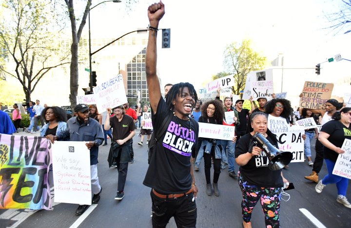 BLM Shouts For Justice