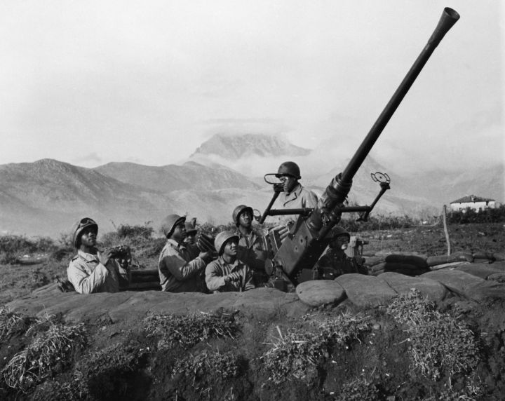 African American Soldiers on Anti-Aircraft Battery