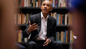 Obama fellows meet with former president
