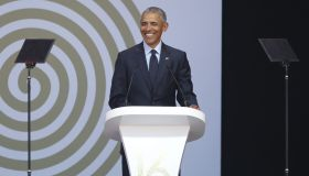 SAFRICA-US-POLITICS-PEOPLE-OBAMA-MANDELA