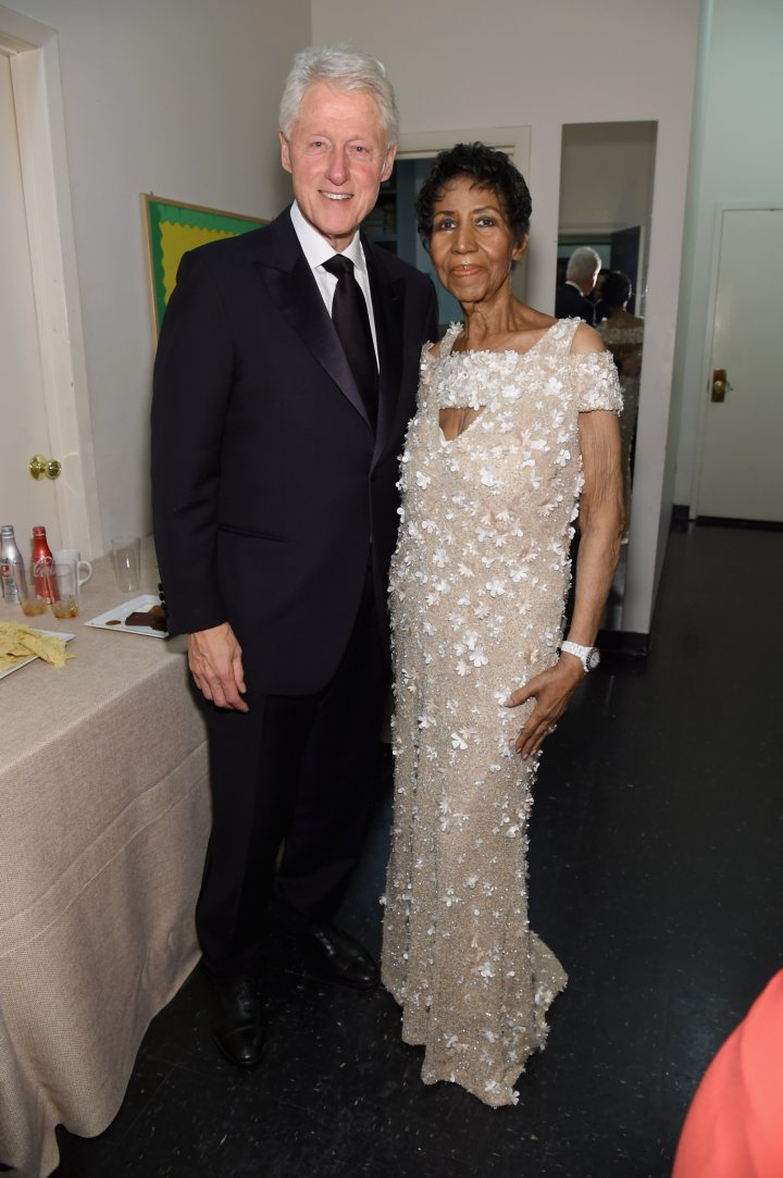 Aretha With Clinton At The Elton John AIDS Foundation Gala In 1997