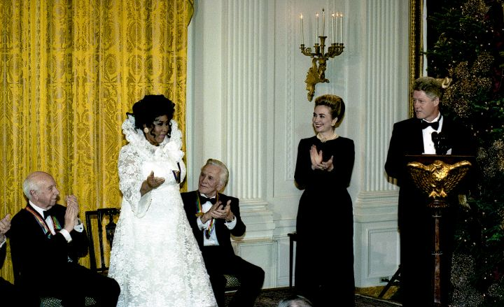 Aretha At The Kennedy Center Honors Reception With First Lady Hillary Clinton and President Bill Clinton In 1994