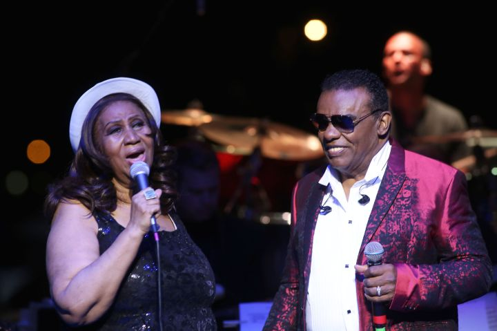 Aretha Franklin And Ron Isley In Concert - Detroit, MI
