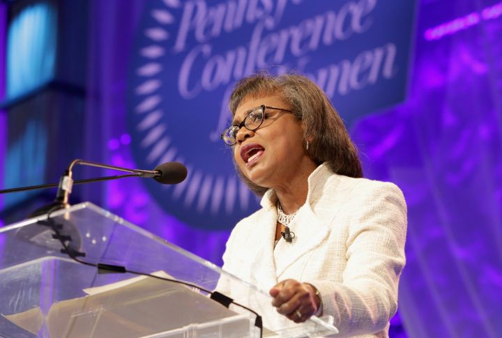 Hill Visits Pennsylvania Conference For Women in 2016