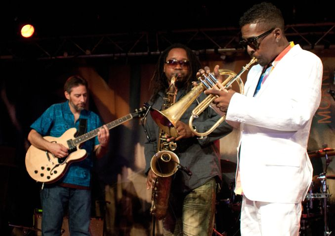 Roy Hargroves's Rh Factor Performing Live at Le New Morning