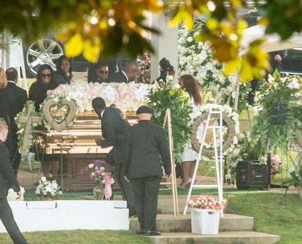 Kim Porter's funeral