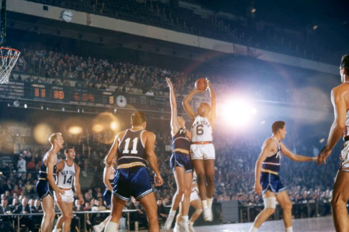 Philadelphia Warriors v New York Knicks