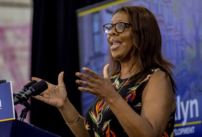 Public Advocate Letitia James speaks to Brooklyn residents, 2018