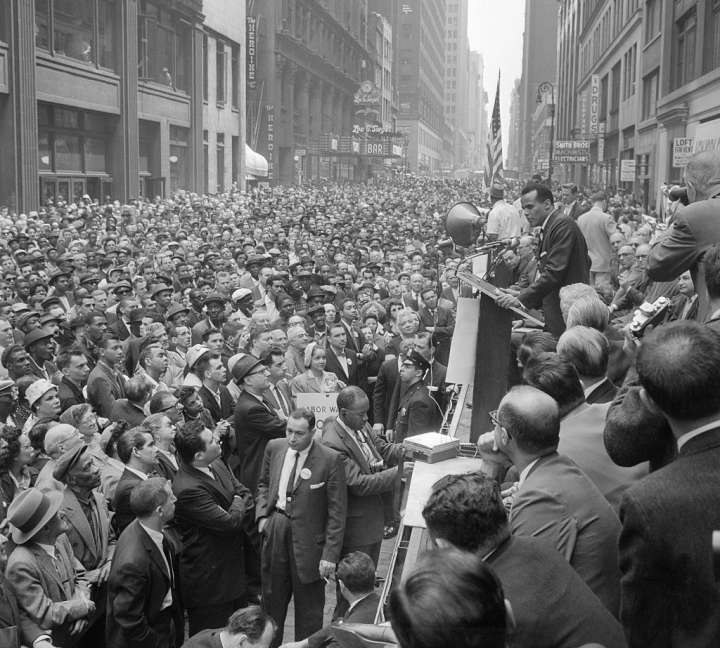 Harry Belafonte Leads Civil Rights Rally