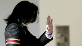 US pop icon Michael Jackson waves to his