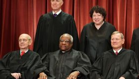 US-JUSTICE-SUPREME-COURT-GROUP-PHOTO