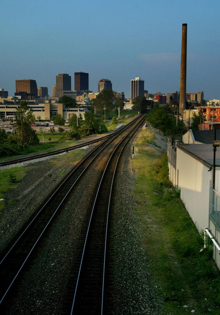 Struggling Economies In Ohio Cities Could Sway Votes