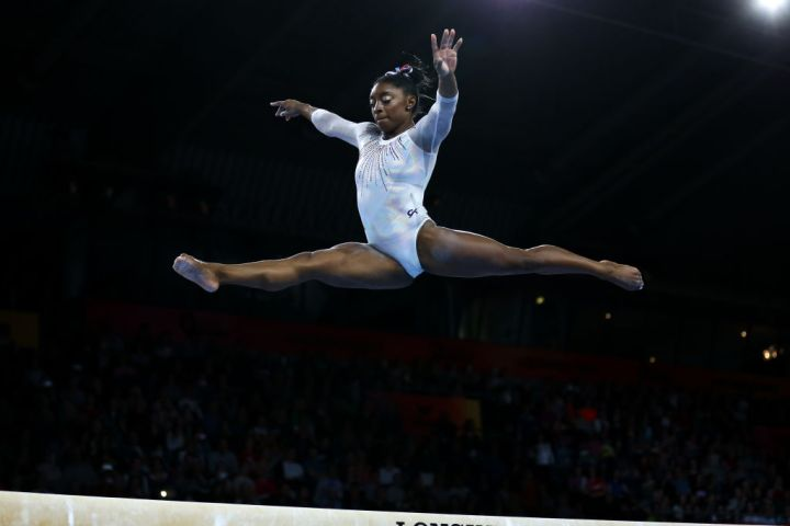 (SP) GERMANY-STUTTGART-FIG-ARTISTIC GYMNASTICS WORLD CHAMPIONSHIPS-WOMEN'S ALL-AROUND FINAL