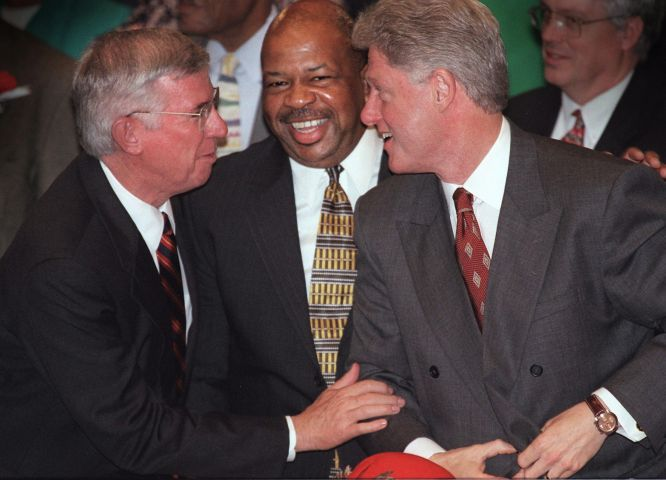US President Bill Clinton (R) attends church with BALTIMORE, : US President Bill Clinton (R) attends church with Maryland Governor Parris Glendening (L) and Rep. Elijah Cummings (C), (D-MD), 01 November at the New Psalmist Baptist Church in Baltimore, MD.