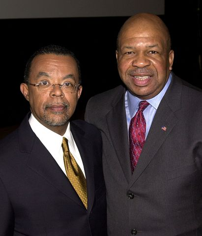 """Screening Of HBO Documentary """"Unchained Memories"""" WASHINGTON - FEBRUARY 6: Henry Louis Gates, Jr. (L), Chair of the Afro-American Studies at Harvard University, and Congressman Elijah Cummings (D-MD) attend a screening of the new HBO documentary """"Unchained"""